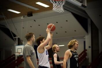 På ballbehandling og spillforståelse er ikke de norske spillerne så langt bak de amerikanske.
