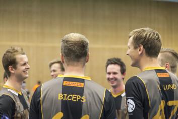 Lars Brødremoen Bredvig, også kjent som Biceps, spelar med laget Golden Nights i turneringen.