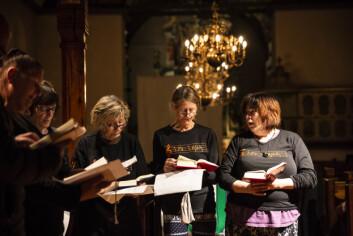 KORSANG: I Vår Frue kirke bygges det fellesskap, blant annet gjennom sang.