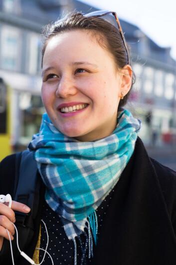 DE SMÅ GREP: Anna er en av studentene i Trondheim som prøver å holde seg mest mulig miljøvennlig, dette ved å ta små grep som å spise mindre kjøtt, og å handle miljøvennlig.