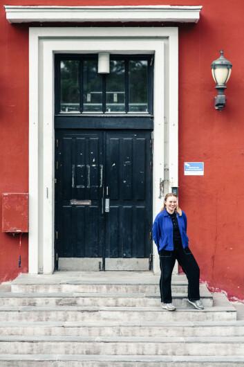 Leder for Studentersamfundet, Frida Jerve, håper Storsalen er tålmodig og tar godt imot alle kandidatene.