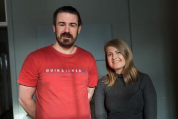Studentene André Flakke og Madeleine Engø synes det er både spennende og sosialt å jobbe frivillig.