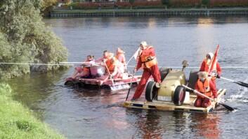 Flere flåter var i aksjon under årets Badekarpadling.