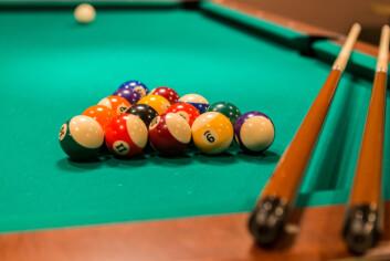 Etter opppussinga kan ein nå spille shuffleboard eller billiard på Strossa.