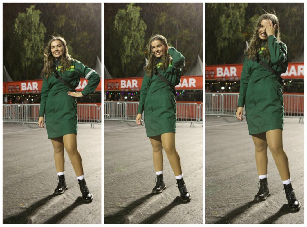 Oda Sofie har en Felleskjøpet-kjole.