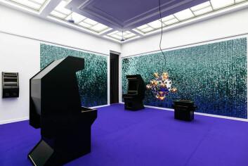 EN GALAKSE LANGT, LANGT BORTE: Yoda og Space Invaders har forsvunnet, bare skallet står igjen i Børre Sæthres utstilling.