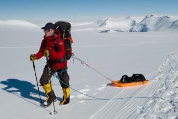 Første juledag 2019 forlot Lone Norge for å gjøre de siste forberedelsene før turen til Mount Vinson i Antarktis, det siste fjellet i rekken av de syv som inngår i «Seven Summits».