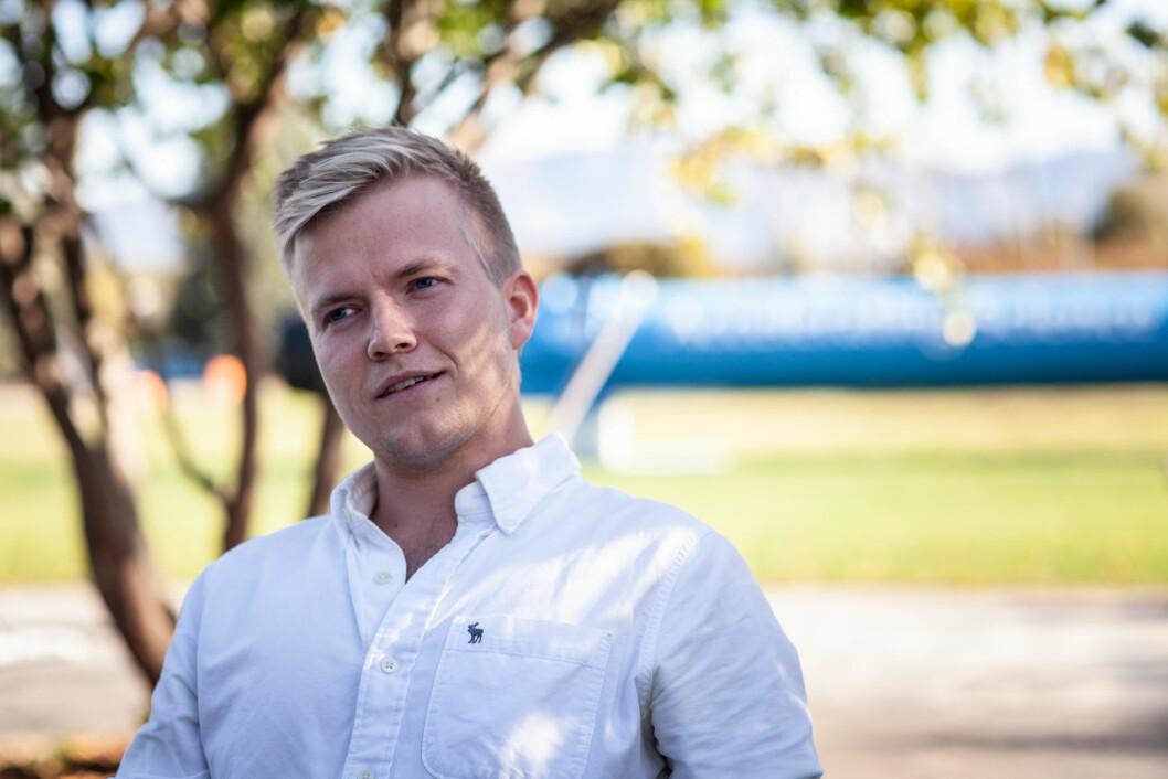 Marius Mæhlum Halvorsen studerer en master i Fysikk og matematikk ved NTNU og jobber med CERN om masteroppgaven.
