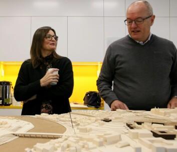 **Planlagt lenge:** Prosjektdirektør forcampusutvikling Merete Kvidal og daverende rektor Gunnar Bovim på åpnet møte om utviklingen av nytt campus i 2017.