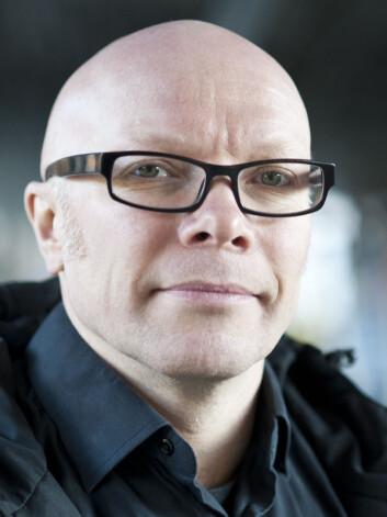ÅPENHET: Øyvind Ihlen forklarer at myndighetenebygger tillit ved å være åpne om hva de vet og hvade ikke vet.