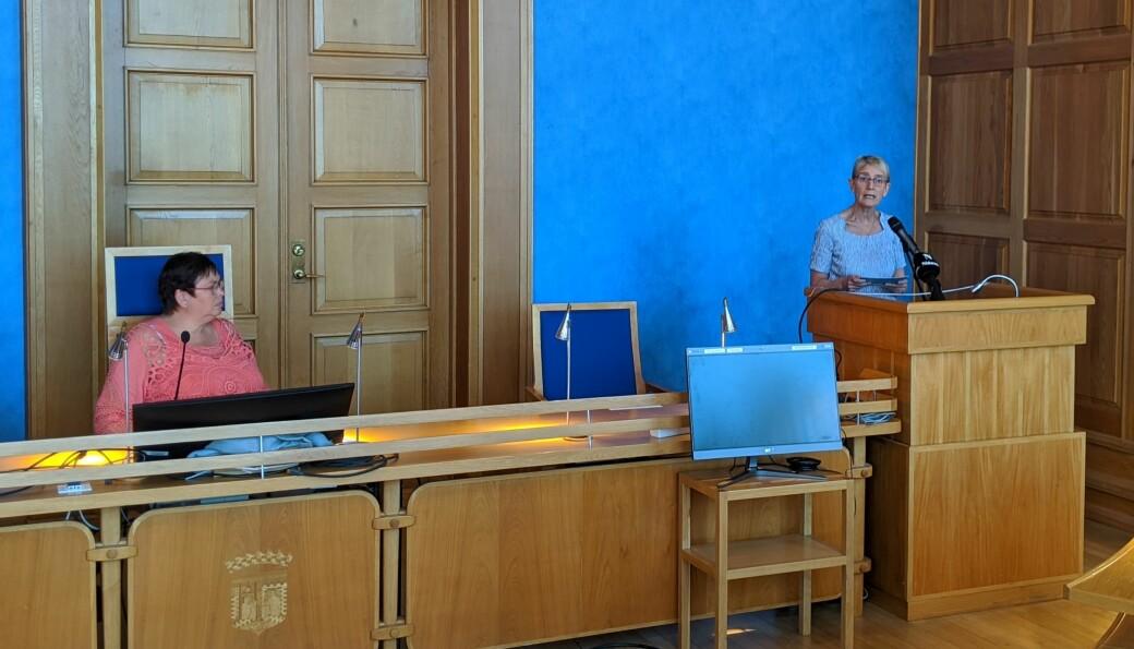 Rita Ottervik og Anne Borg under onsdagens pressekonferanse om studiehøsten 2020