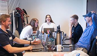 <b>FÅR GOD HJELP</b>: Karen Mjør er begeistret for det nye samfundetstyret som hun skal samarbeide med som leder.