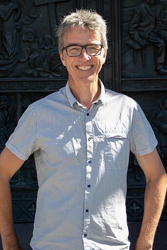 <b>KRYSSET JOBBKLØFTA</b>: Åsmund Mæhle jobber nå som generalsekretær i Norges Korforbund.