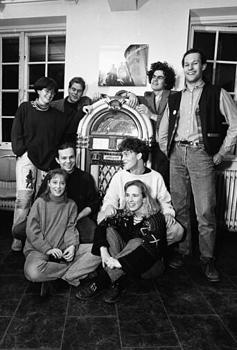 <b>EDGARGJENGEN</b>: Dette er gjengen som sammen med Mæhle startet opp kafeen Edgar høsten 1990.