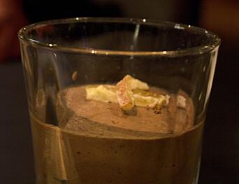 <b>HO MOR:</b> Appelsinsjokolademoussen minner vår anmelder om en skive Freia sjokoladeappelsin.