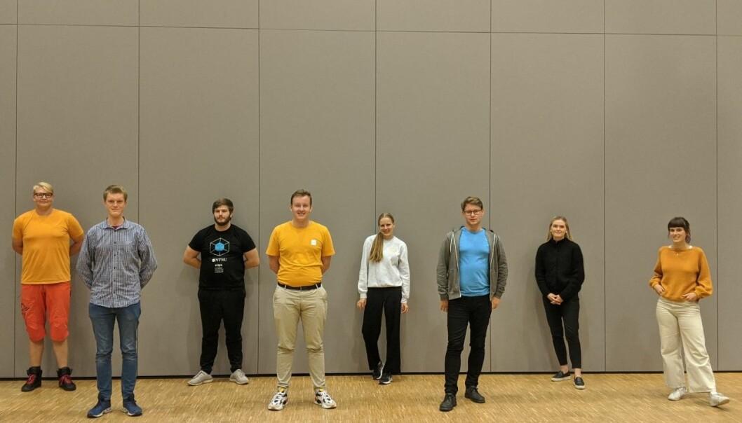 Fra venstre mot høyre: Gøran Borg, Simen Ringdahl, Jostein Gjesdal, Andreas Knudsen Sund, Ragnhild S. Gjennestad, Svein-Erik Olsen, Stine Romundstad, Mathilde Sjøhelle Eiksund.