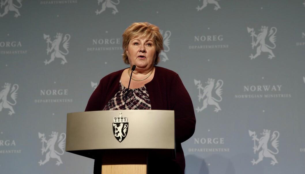 <b>NYE TILTAK: </b>Statsministeren kunne i går melde om nye koronatiltak.