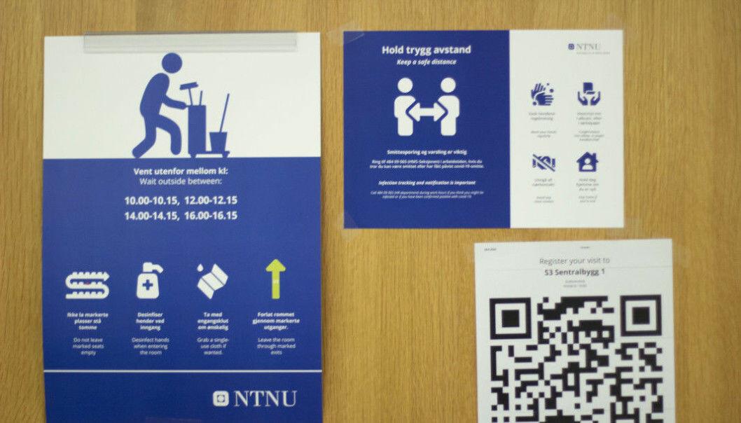 <b>SJEKK INN: </b>Anne borg oppfordrer alle til å bruke Check-in-systemet når de er på campus.