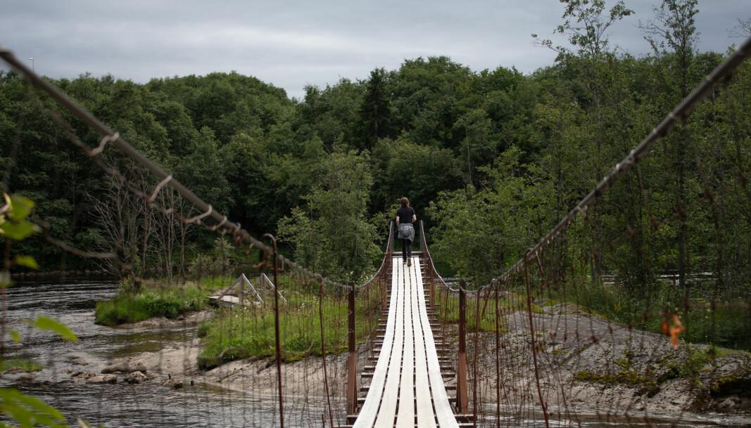 <b>Vakre omgivelser:</b> Underveis i løypa løper man forbi denne pittoreske broa.