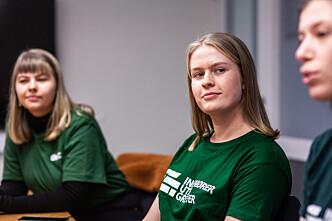 <b>UTFORDRENDE SEMESTER:</b> F.v: Linn Marie Martens Pedersen, Alice Werswick og Lina Mathea Gunvaldsen måtte avlyse innsamlingsaksjonen de hadde planlagt 10. november grunnet koronarestriksjoner.