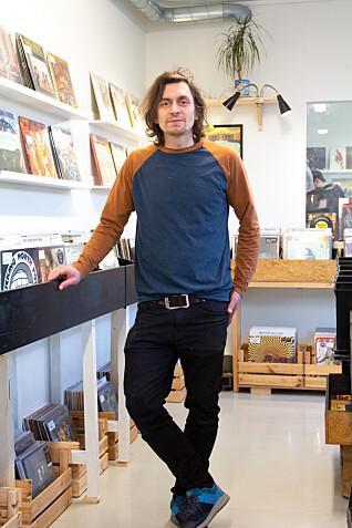 REALISERT DRØMMEN: Jacob Kjørsvik Kaas lever ut drømmen med kjærlighet for musikken.