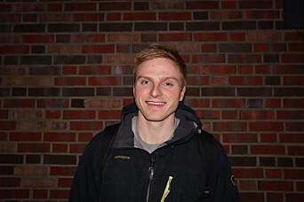<b>EKSPERTEN:</b> Henrik Halvorsen er utdannet skredinstruktør 1 og vet en del om snøens egenskaper.