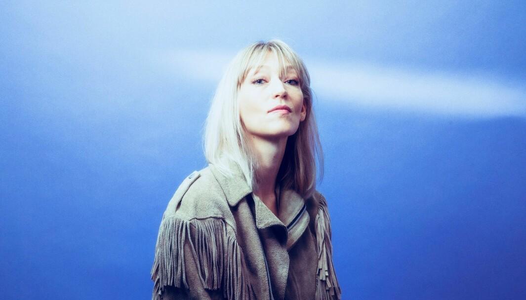 "<span class="" font-weight-bold"" data-lab-font_weight_desktop=""font-weight-bold"">NYTT ALBUM:</span> 12. februar kom artisten Hilma Nikolaisen ut med nytt album."