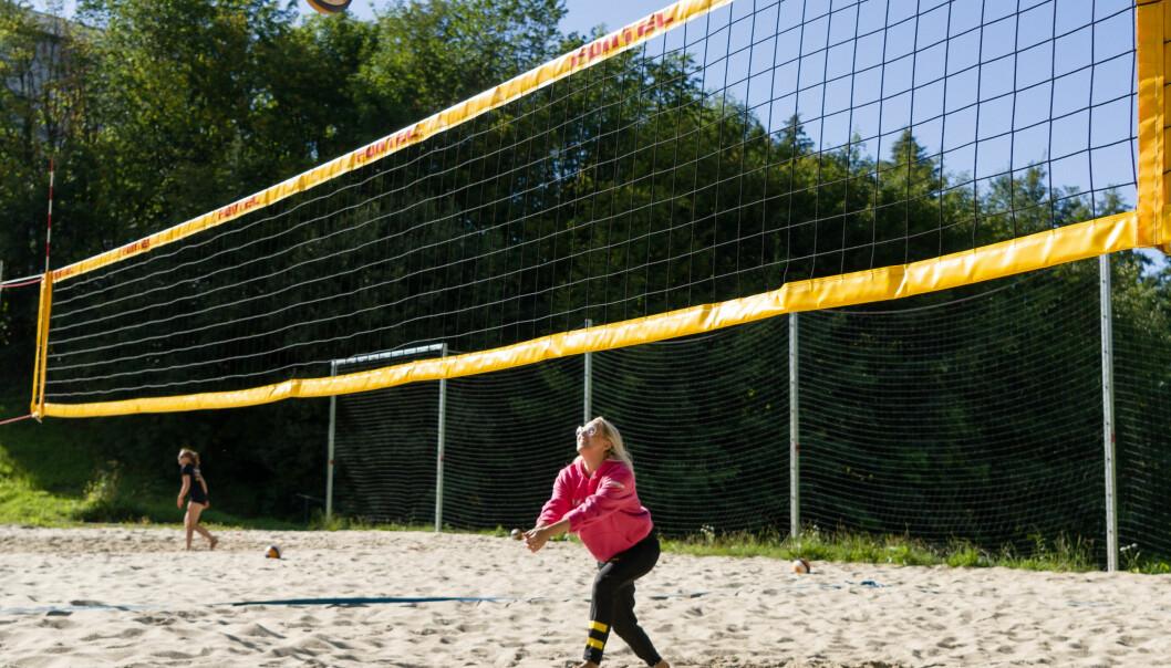 FOKUSERT: Jakobsen har sjeldent tid til å fjerne øyet fra ballen, både på og utenfor banen.